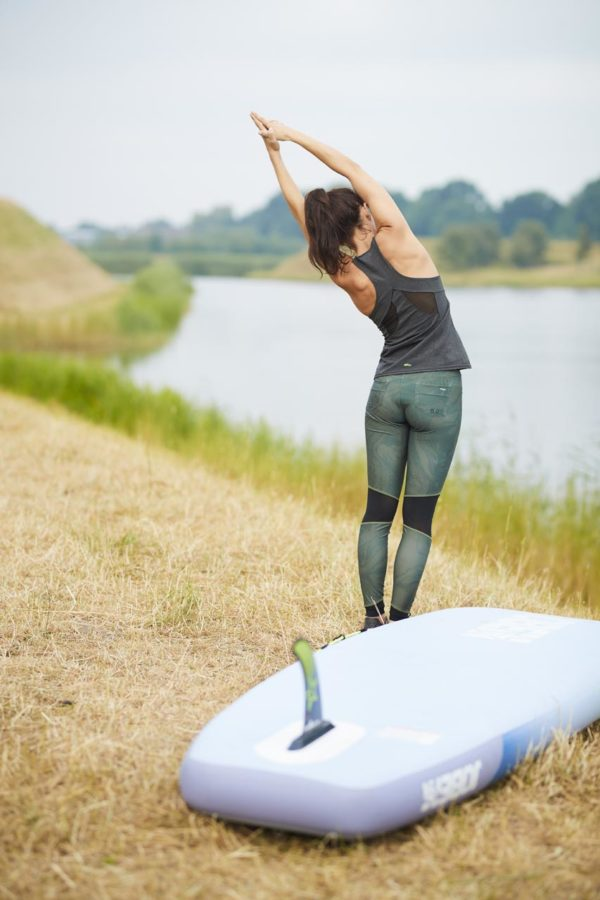 jobe-lena-board-sup-yoga-aufwärmen-übung-board-strand-fitness-486419006